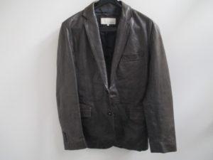 レザー ジャケットの補修は革研究所の池袋店へご相談ください!!
